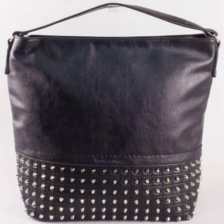 Дамска екстравагантна чанта с капси на френския производител David Jones в черен цвят ch5106-1ch