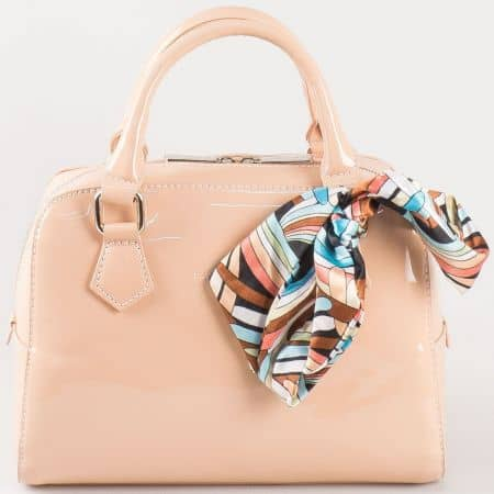 Дамска кокетна чантичка с ефектно цветно шалче на френския производител David Jones в розово ch5108-1rz