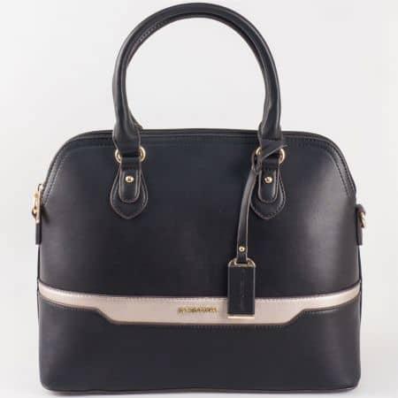 Дамска ежедневна чанта с атрактивна визия на френския производител David Jones в черен цвят ch5110-2ch