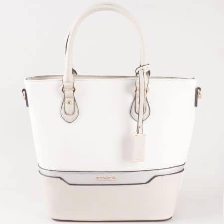 Дамска чанта за всеки ден със семпла, свежа визия на френската марка David Jones в сиво ch5110-3sv