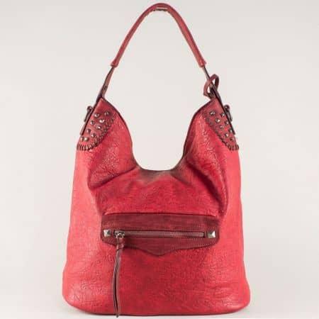 Ефектна дамска чанта в червено  ch5835chv