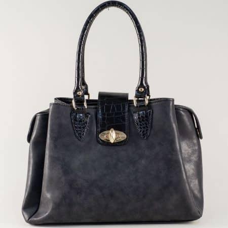 Черна дамска чанта със стилна и модерна визия на български производител ch619ch