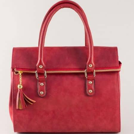 Червена дамска чанта на български производител  ch671chv