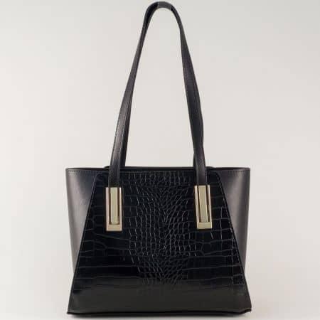 Стилна дамска чанта с удобни дръжки в черен цвят ch673krch