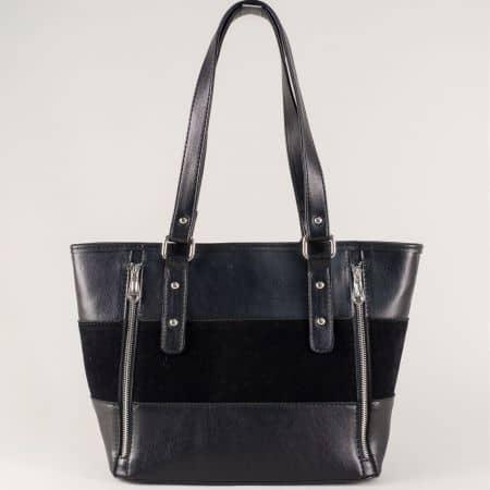 Дамска чанта с два декоративни ципа в черен цвят ch674vch
