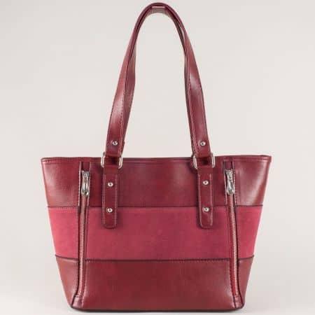 Дамска чанта с два декоративни ципа в цвят бордо ch674vbd