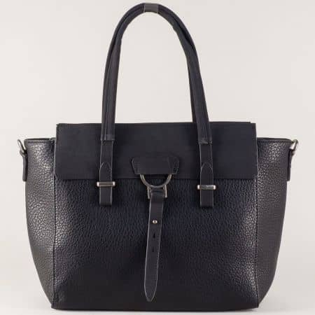 Черна дамска чанта с две прегради и удобни дръжки ch8141ch