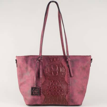 Ефектна дамска чанта в цвят бордо с две къси и допълнителна дълга дръжка ch90501bd
