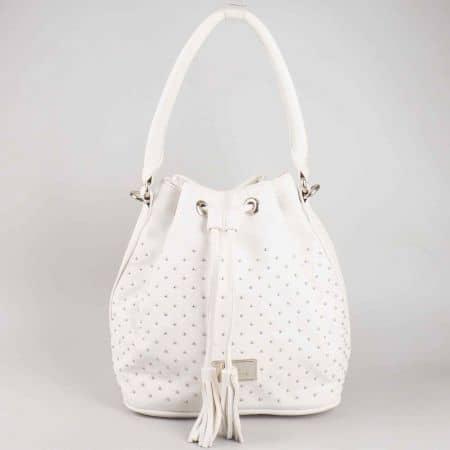 Бяла дамска чанта David Jones от еко кожа с капси cm3048b