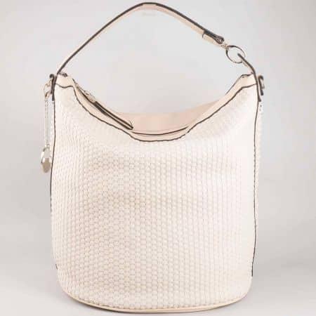 Стилна бежова дамска чанта David Jones с метална висулка cm3051bj