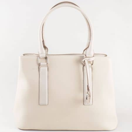 Дамска чанта за всеки ден с изключително стилна визия на френската марка David Jones в бежов цвят cm3066bj