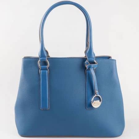 Ежедневна дамска чанта в син цвят с външен джоб с цип на френският производител David Jones  cm3066s