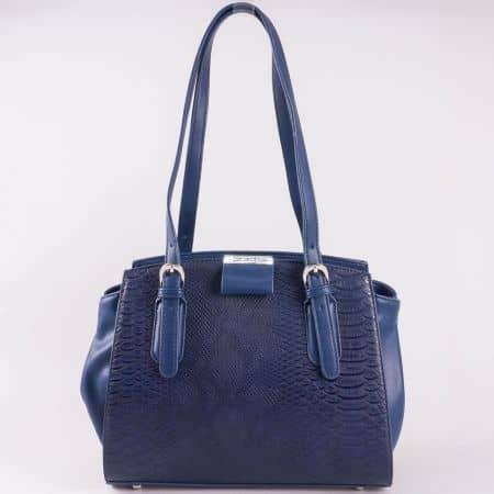 Дамска стилна чанта с актуален змийски принт на френския производител David Jones в син цвят cm3086s