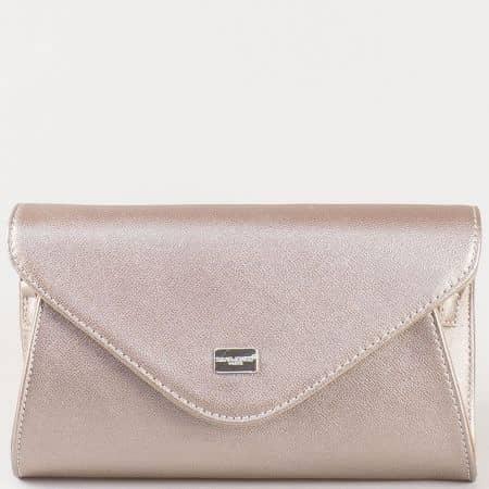 Дамска чанта за вашите специални поводи с капак на френския производител David Jones в сребристо cm3095sr