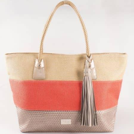 Дамска атрактивна чанта със свежа лятна визия и пискюл на френския производител David Jones в оранжево,бежово и златно cm3104o