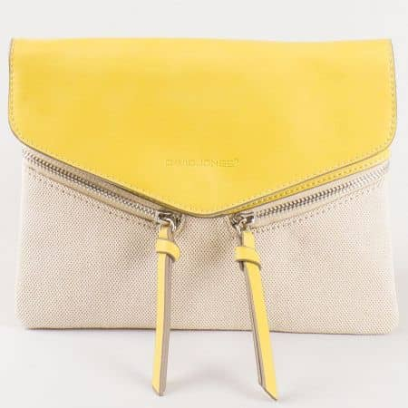 Дамска стилна чанта за всеки ден с атрактивна визия на френския производител David Jones в жълт и бежов цвят cm3111j