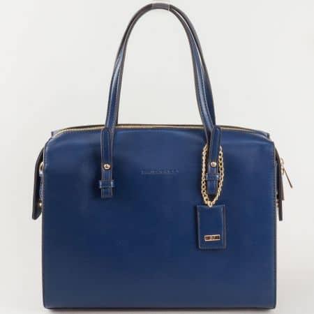 Ефектна синя дамска чанта David Jones със златиста висулка cm3218s