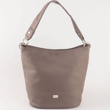 Удобна и лека дамска чанта, тип торба с къса и дълга дръжка и външен джоб с цип в сив цвят- David Jones  cm3219sv