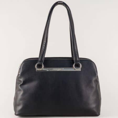 Дамска чанта в черен цвят с три отделни джоба с цип cm3243ch