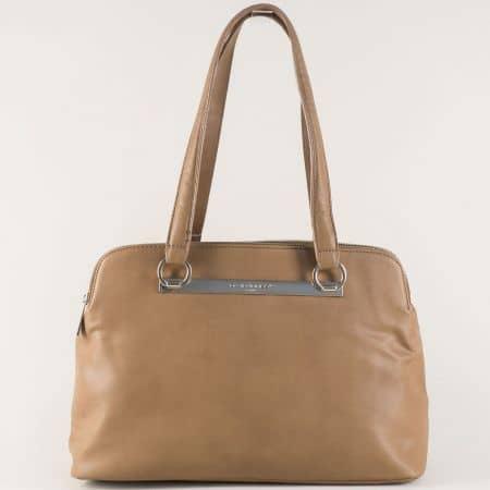 Дамска чанта- David Jones с три прегради и удобни дръжки в кафяво cm3243k