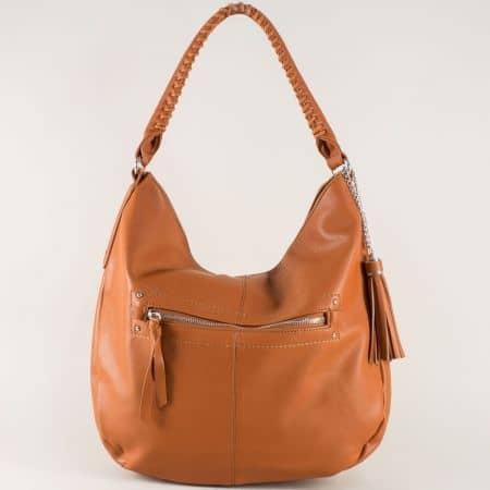 Кафява дамска чанта с ефектен пискюл  cm3270k
