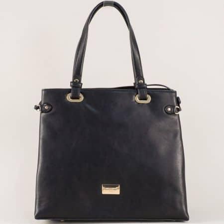 Черна дамска чанта с външен джоб с цип- David Jones cm3272ch