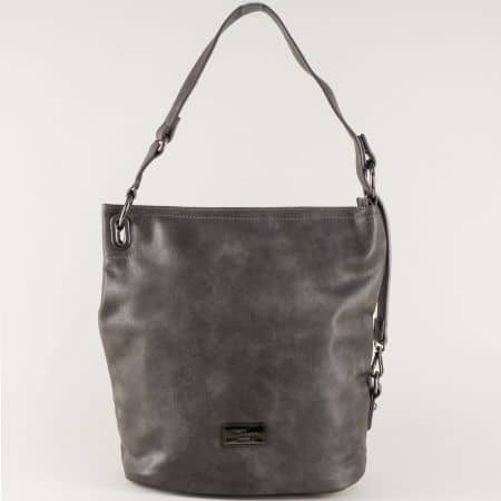 Сива дамска чанта с външен джоб с цип и удобна дръжка cm3292sv