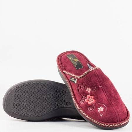 Дамски пантофи с комфортно ходило на български производител в цвят бордо despinabd