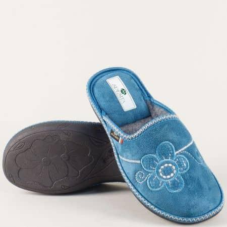 Комфортни домашни пантофи в син цвят на равно ходило ezrias