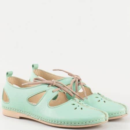Дамски ежедневни обувки с отвори изработени от изцяло естествена кожа в зелен цвят k1123z
