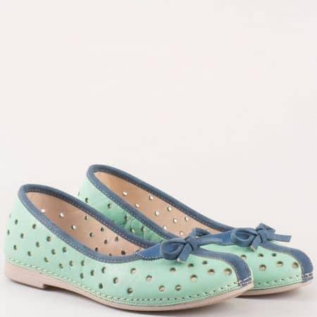 Дамски равни обувки, тип балерини с кожена стелка от перфорирана естествена кожа в зелено и синьо- Karyoka k1140z