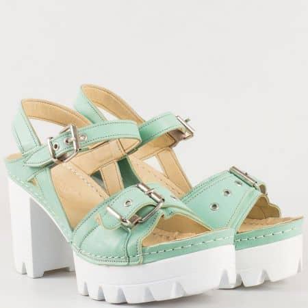 Дамски удобни сандали изработени от 100% естествена кожа на водещ български производител в зелено k1840z