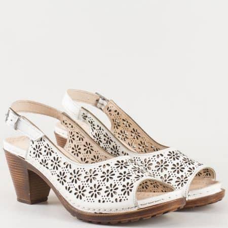 Шити дамски сандали- Karyoka изработени от изцяло естествена кожа на комфортно ходило в бял цвят  k1877b