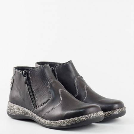 Дамски боти от естествена кожа с ортопедична стелка в черен цвят на фирмата Loretta l5633ch