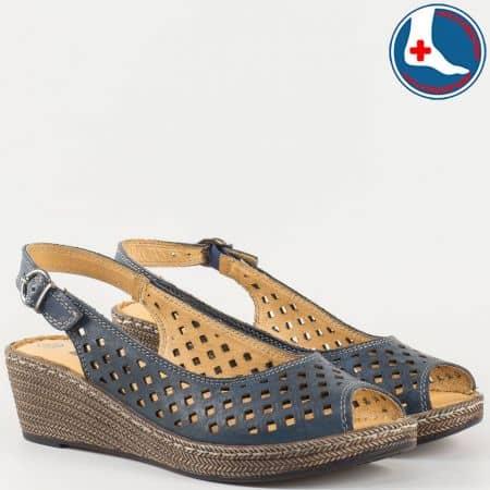 Ортопедични дамски сандали в син цвят с перфорация на шито клин ходило- Loretta изцяло от естествена кожа l5818s