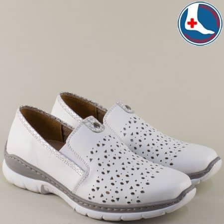 Кожени дамски  обувки Loretta с анатомична стелка в бял цвят с перфорация l6071b
