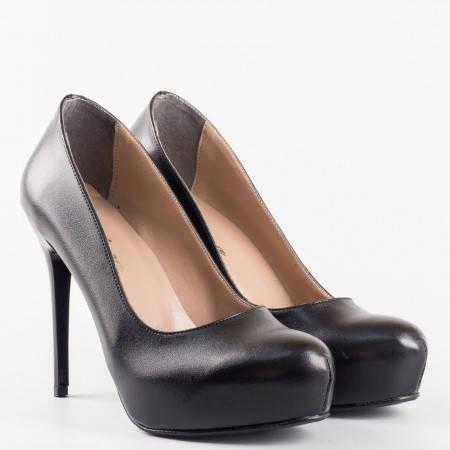 Изчистен модел дамски обувки на висок ток със скрита платформа m019ch