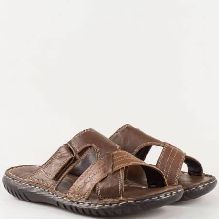 Мъжки ежедневни чехли изработени от 100% естествена кожа на удобно ходило в кафяв цвят m1566k