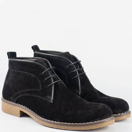 Шити мъжки боти на каучуково ходило от черен естествен велур m20vch