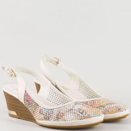 Перфорирани дамски обувки с пъстър принт на клин ходило от естествена кожа изцяло m213bps