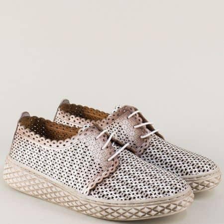 Дамски обувки с перфорация от естествена кожа в бял и бронзов цвят m399b