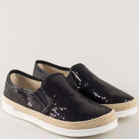 Дамски обувки в черен цвят с пайети на комфортно ходило m5002ch