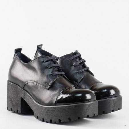 Модерни дамски обувки с връзки, българско производство m6642ch