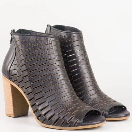 Стилни дамски летни боти с отворени пръсти на висок ток от перфорирана естествена кожа в черен цвят- български производител m678ch
