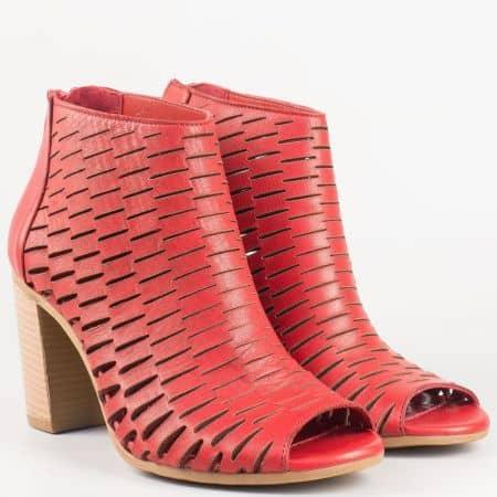 Фешън летни дамски боти от естествена кожа в червен цвят m678chv