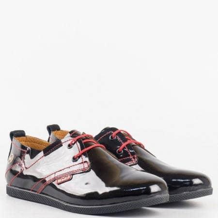 Дамски комфортни обувки изработени от висококачествен естествен лак с ортопедична стелка в черен цвят n701lch