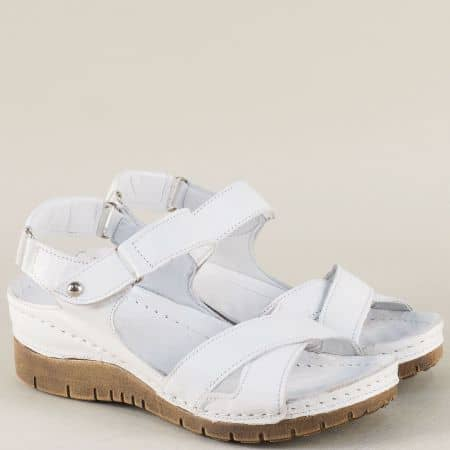 Бели дамски сандали на платформа с кожена стелка и лепка ma116b