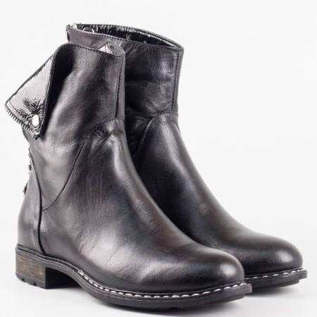 Черни дамски боти с интересен дизайн от естествена кожа с якичка  mm711chlch