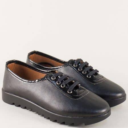 Равни дамски обувки с връзки от черна естествена кожа n120ch