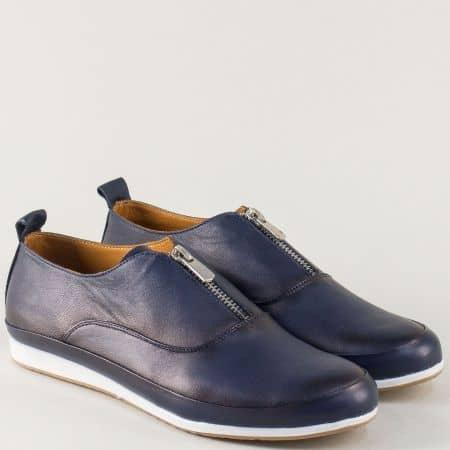 Кожени дамски обувки в синьо с цип на равно ходило n195s